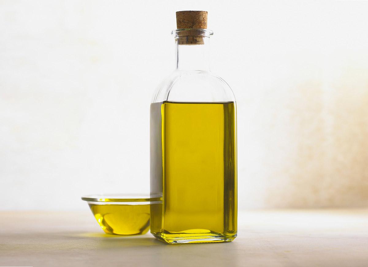 benefici dell'Olio di oliva sulla pelle del corpo